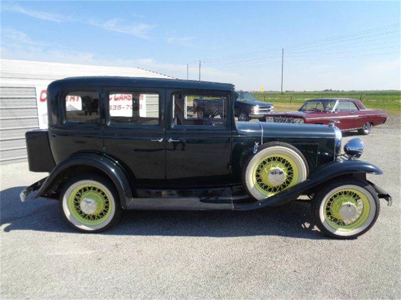 Large Picture of Classic '31 4-Dr Sedan located in Staunton Illinois - LUPK