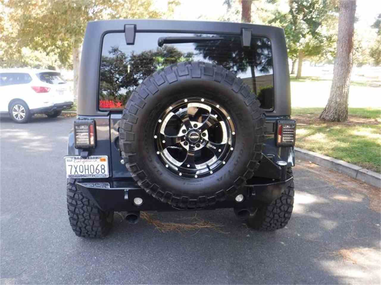 Large Picture of '17 Jeep Wrangler Offered by Allen Motors, Inc. - LUQ3