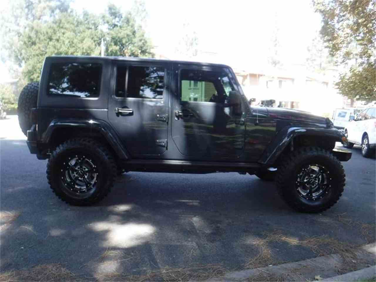 Large Picture of 2017 Jeep Wrangler located in Thousand Oaks California Offered by Allen Motors, Inc. - LUQ3