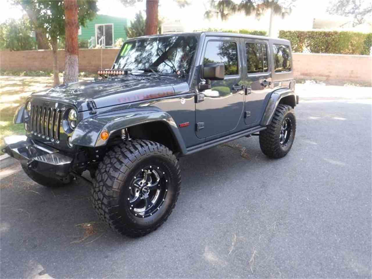 Large Picture of '17 Wrangler located in Thousand Oaks California - $40,995.00 Offered by Allen Motors, Inc. - LUQ3