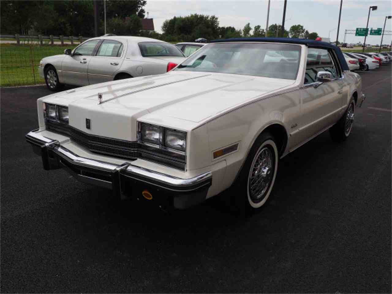 Large Picture of '85 Oldsmobile Toronado located in Ohio - $15,999.00 Offered by Nelson Automotive, Ltd. - LUQO