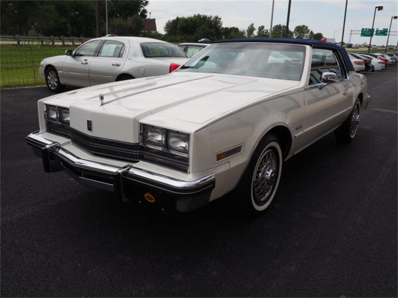 Large Picture of 1985 Toronado located in Ohio - $14,999.00 - LUQO