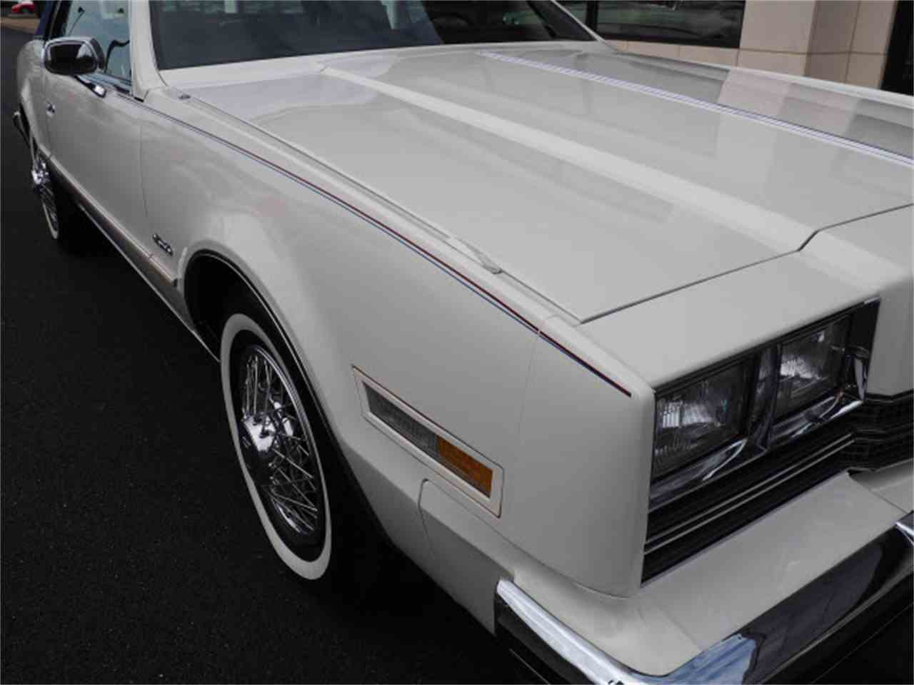 Large Picture of 1985 Toronado located in Marysville Ohio - $15,999.00 Offered by Nelson Automotive, Ltd. - LUQO