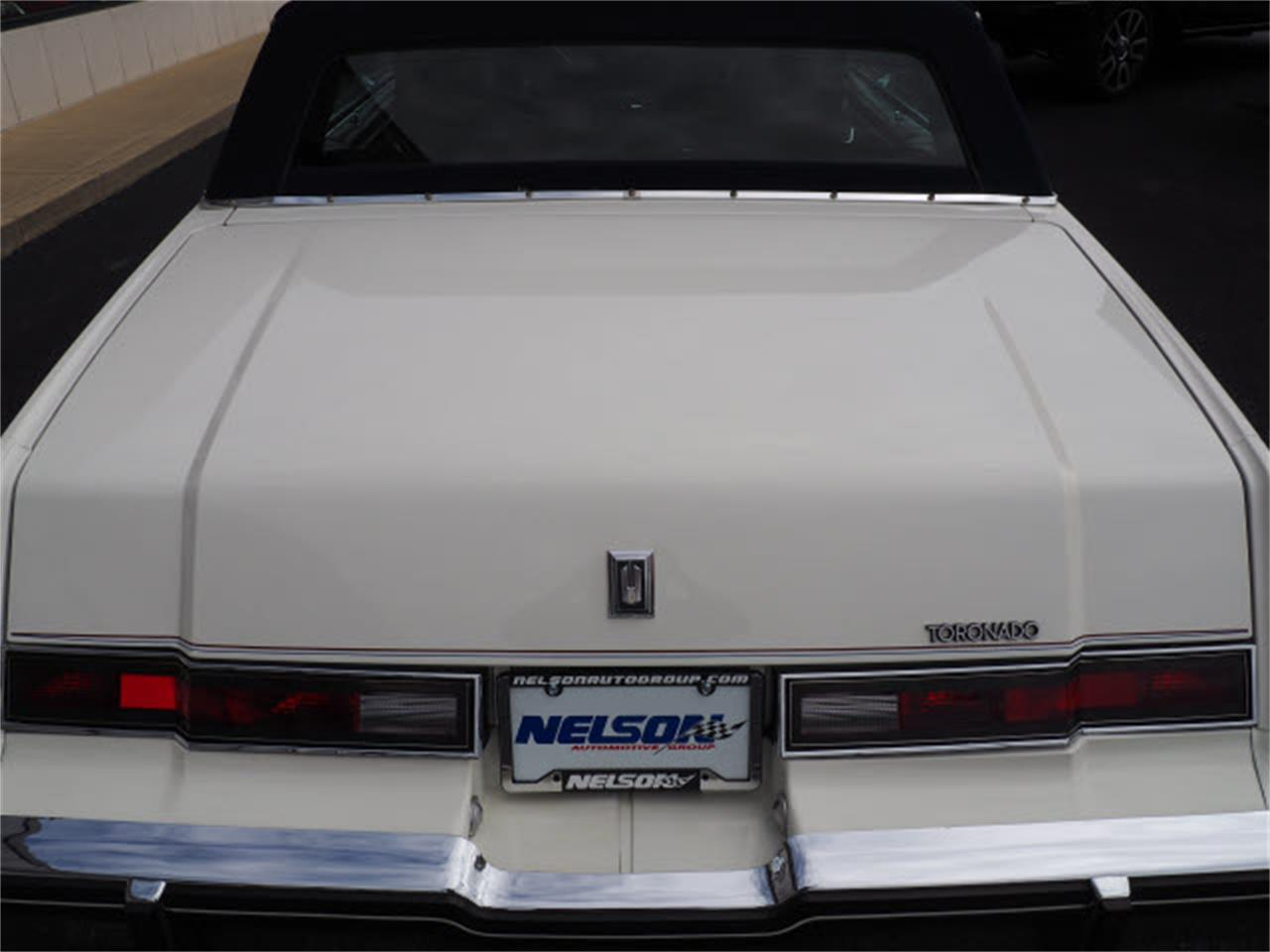 Large Picture of '85 Toronado - LUQO