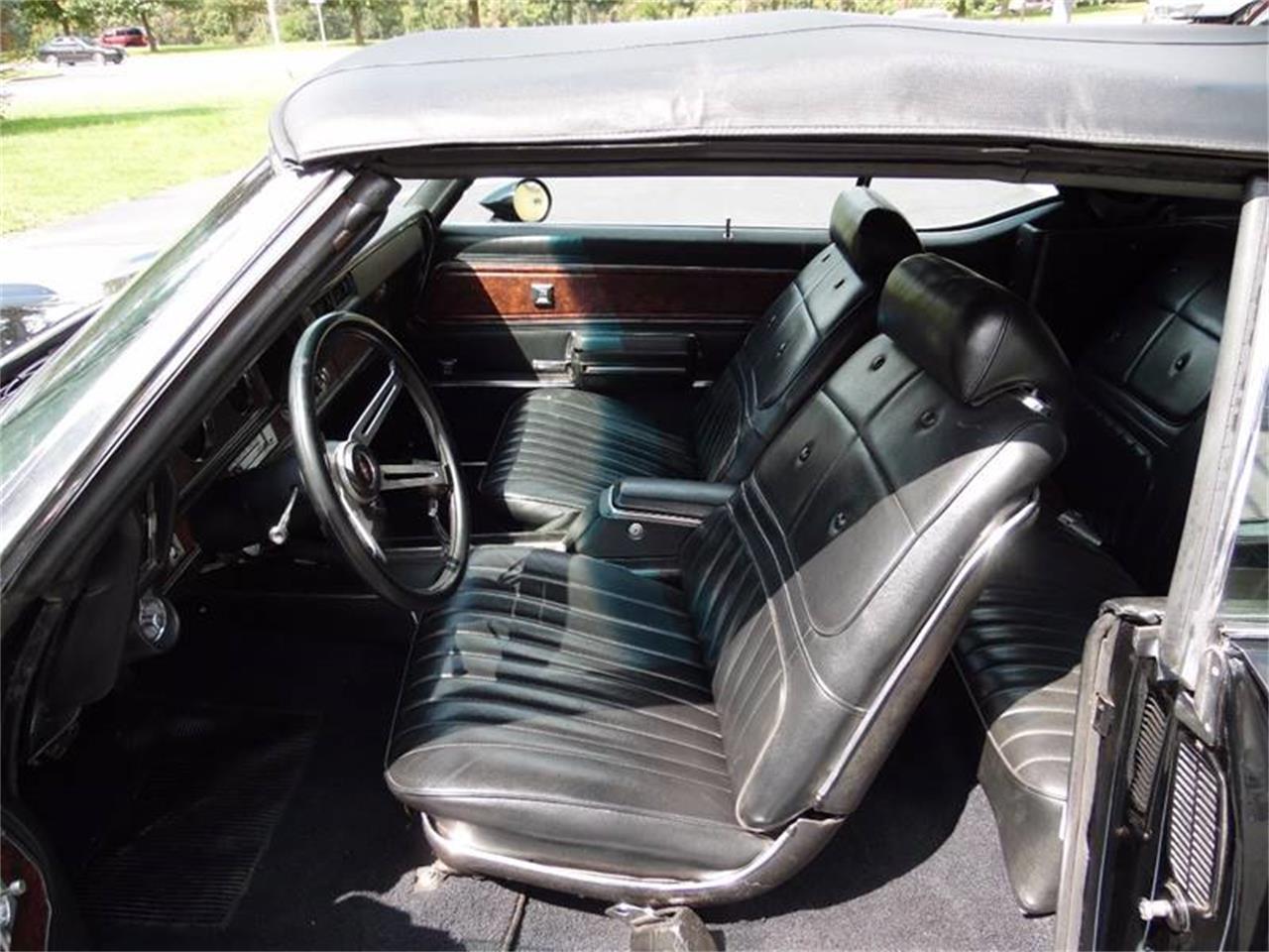 Large Picture of '70 Cutlass Supreme - LUUM