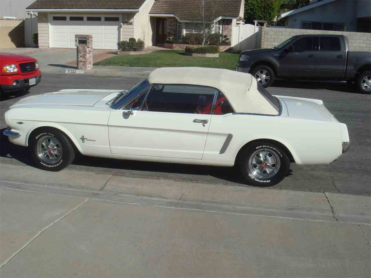 Large Picture of Classic '65 Ford Mustang - $25,000.00 Offered by a Private Seller - LUVO