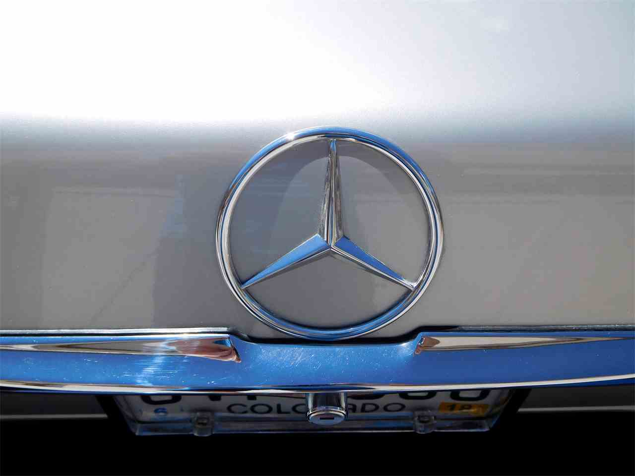 Large Picture of 1979 Mercedes-Benz 450SL - LUVZ