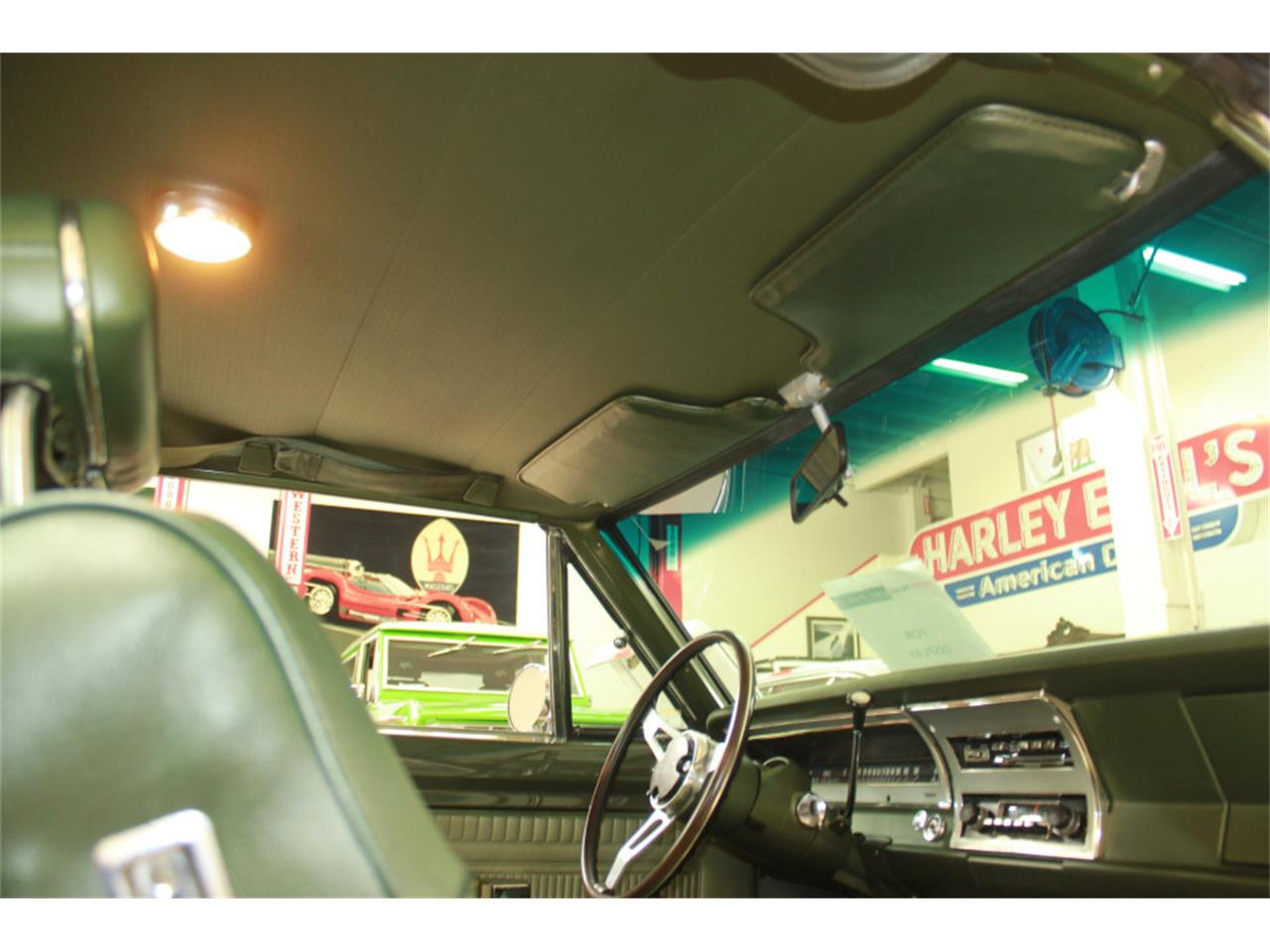 Large Picture of '70 Dart Swinger - LUW9