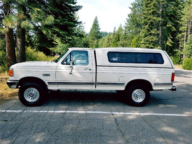 Picture of 1987 Ford F250 Lariat located in Nevada Offered by a Private Seller - LUX3