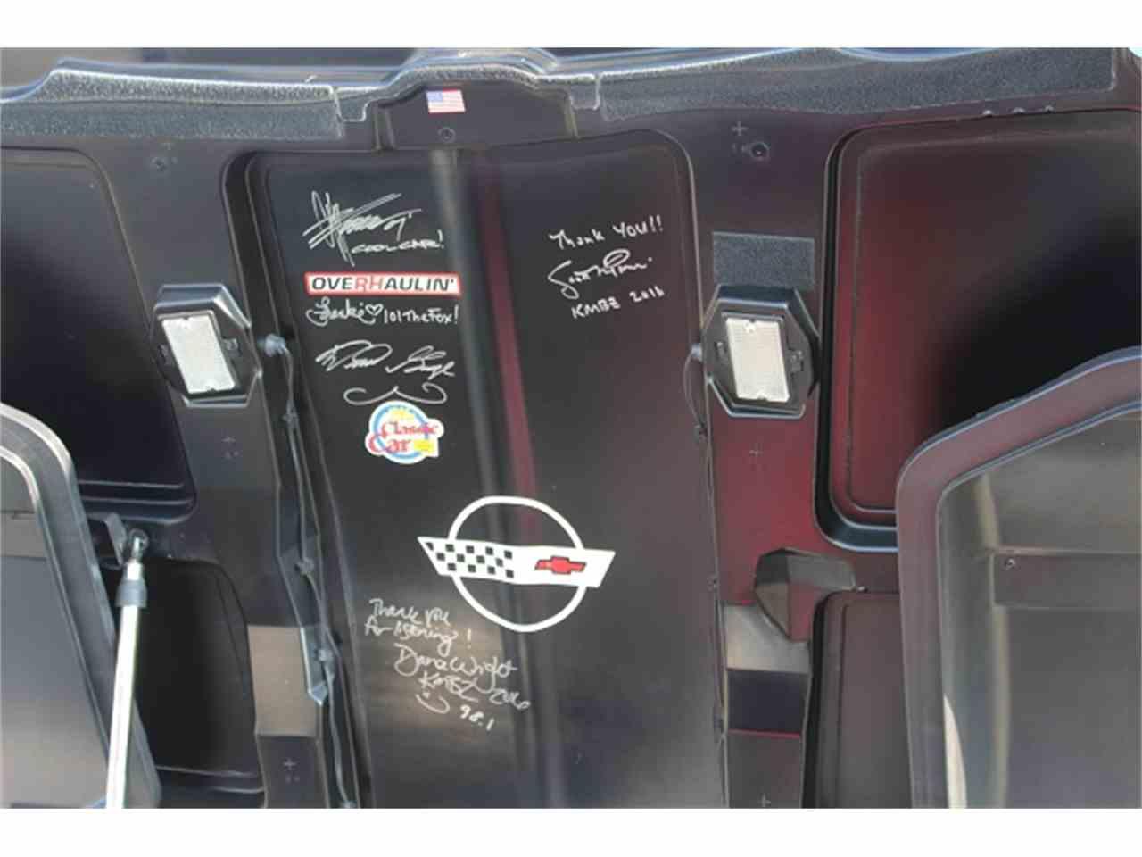 Large Picture of '95 Corvette - LUX8