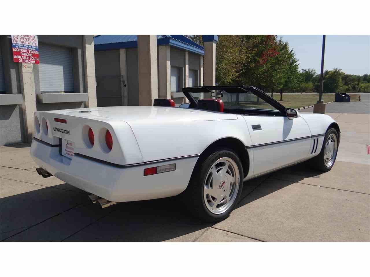Large Picture of '89 Corvette - LUXT