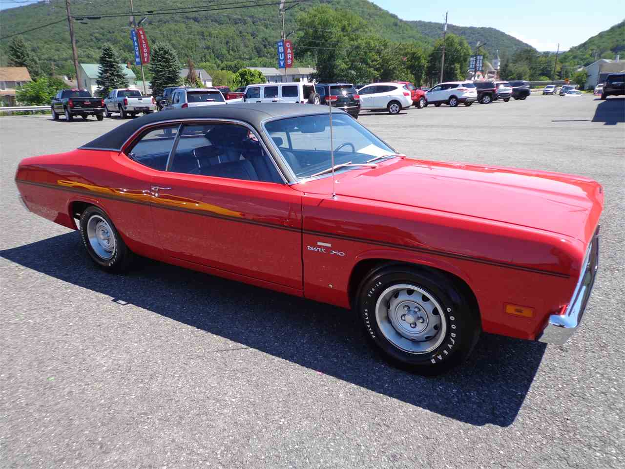 Large Picture of '70 Duster - LO30