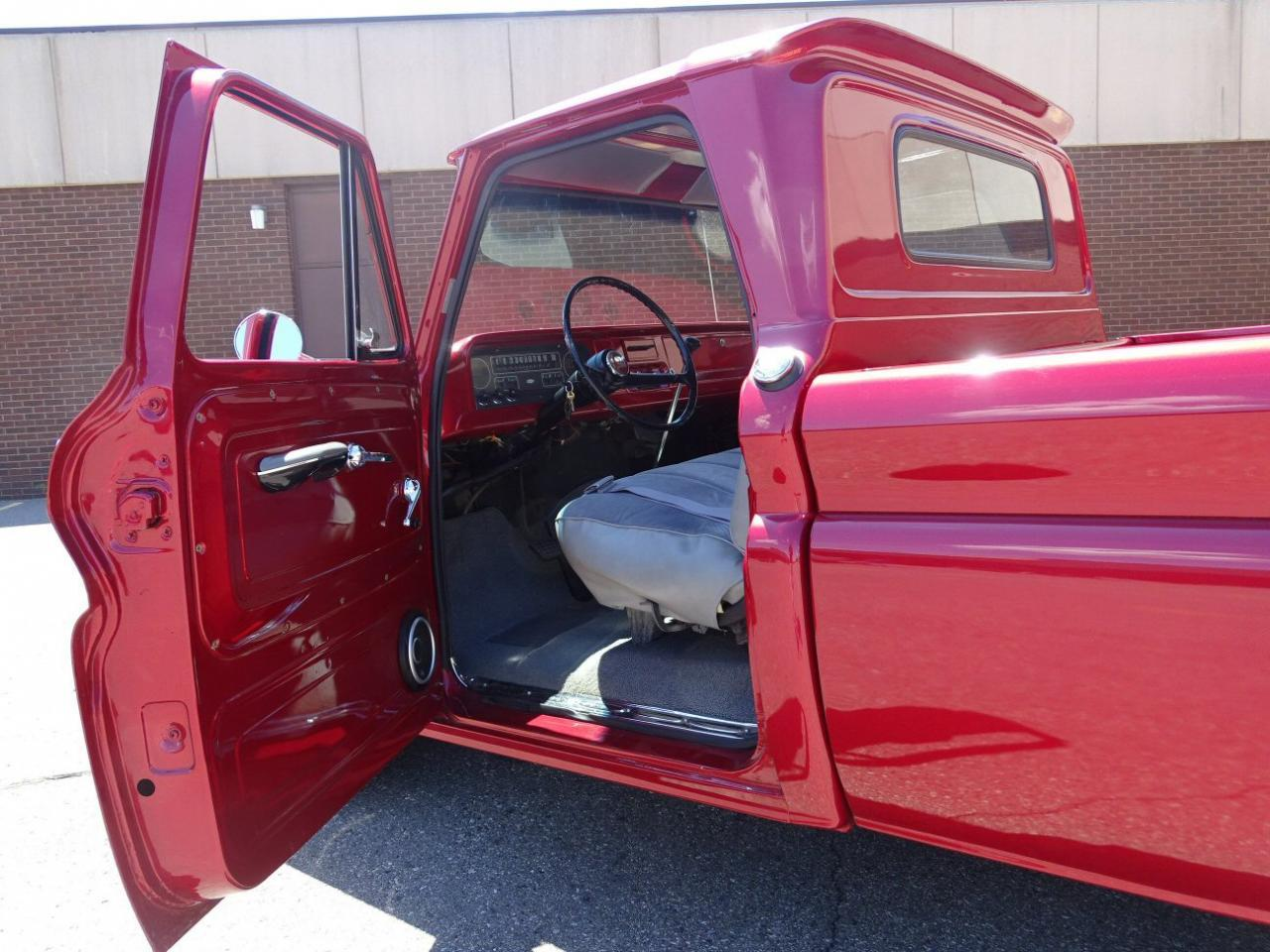 Large Picture of 1964 C10 located in Michigan - $18,595.00 - LUZ8