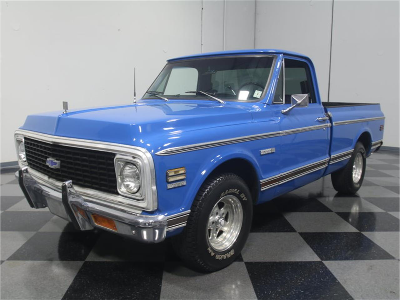 Large Picture of Classic '71 Chevrolet C10 located in Lithia Springs Georgia - LUZA