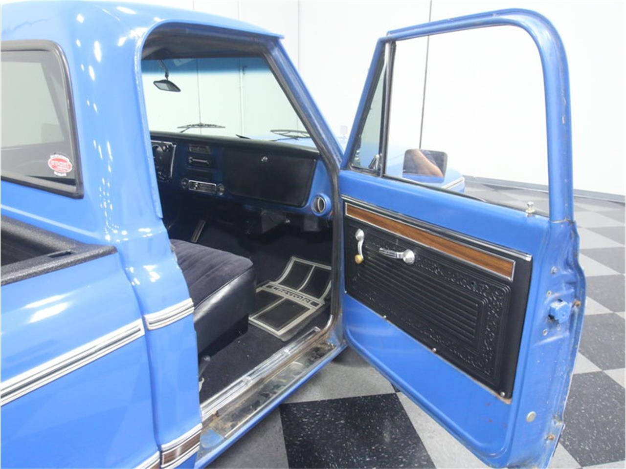 Large Picture of 1971 Chevrolet C10 Offered by Streetside Classics - Atlanta - LUZA