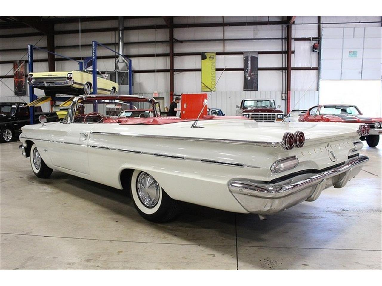 Large Picture of 1960 Bonneville Offered by GR Auto Gallery - LUZH