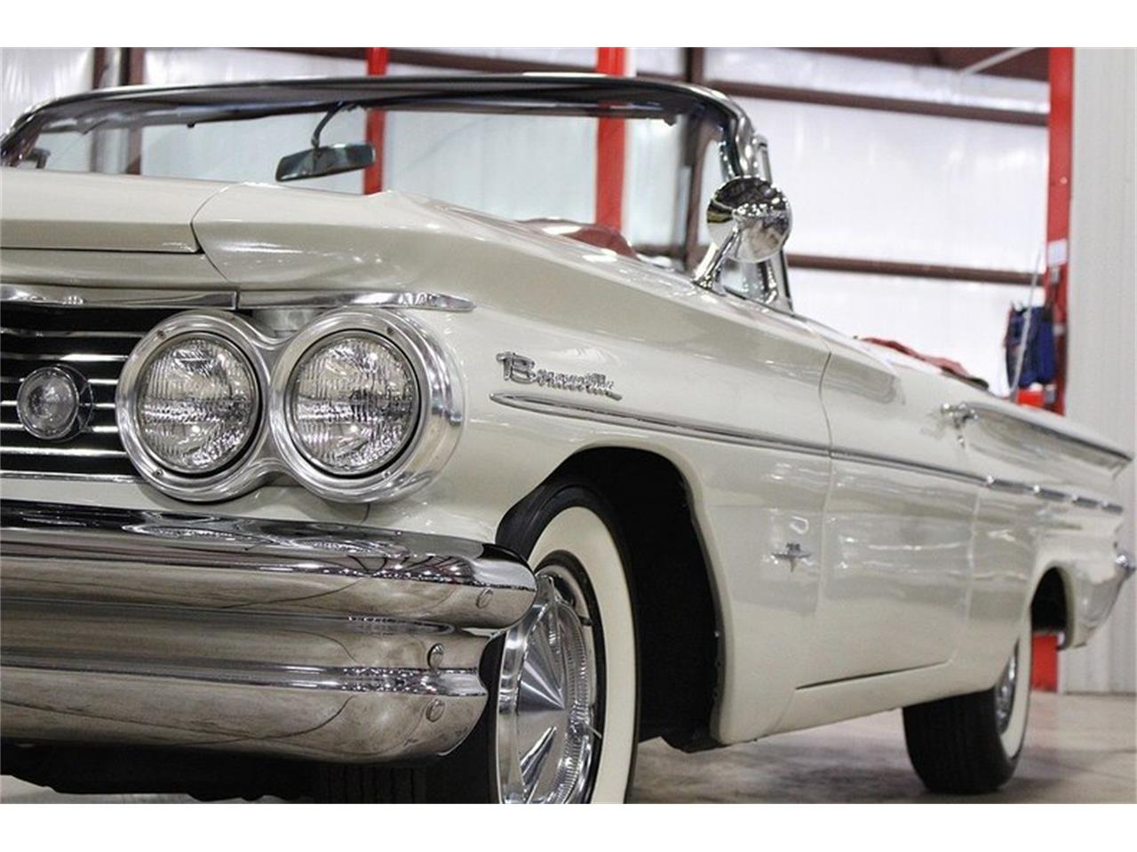 Large Picture of '60 Bonneville located in Kentwood Michigan Offered by GR Auto Gallery - LUZH