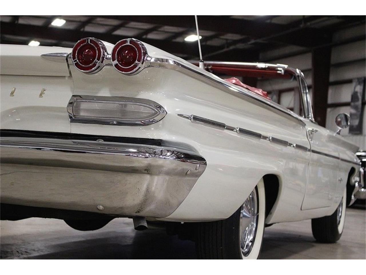 Large Picture of Classic 1960 Bonneville located in Michigan Offered by GR Auto Gallery - LUZH