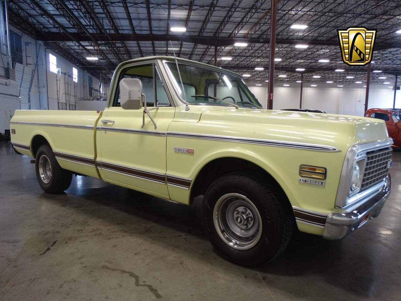 Large Picture of Classic '72 C10 located in La Vergne Tennessee - LUZU