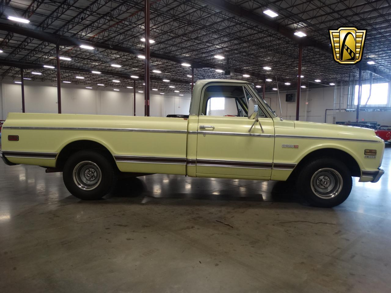 Large Picture of Classic '72 C10 located in Tennessee - $19,595.00 - LUZU