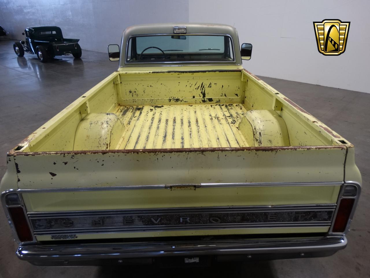 Large Picture of '72 C10 located in Tennessee Offered by Gateway Classic Cars - Nashville - LUZU
