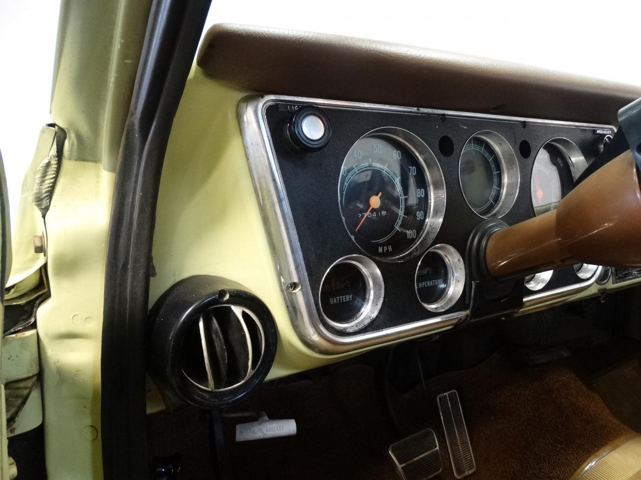 Large Picture of '72 C10 located in Tennessee - $19,595.00 - LUZU