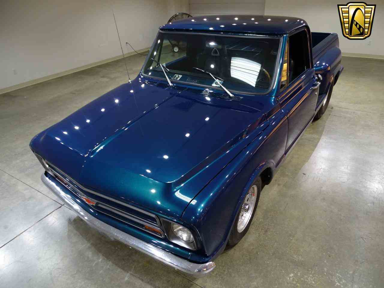 Large Picture of 1967 C10 located in O'Fallon Illinois Offered by Gateway Classic Cars - St. Louis - LV0B