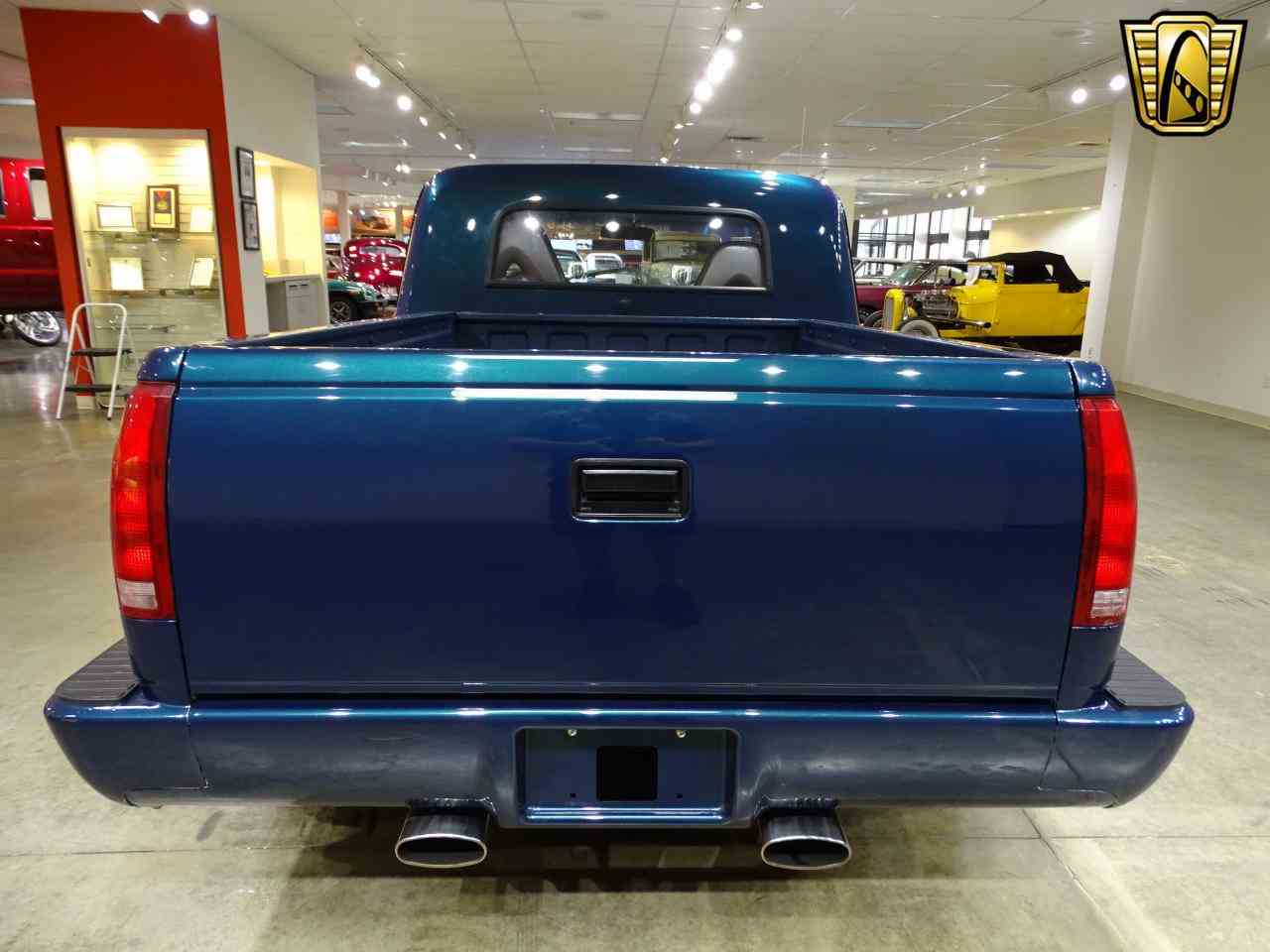 Large Picture of Classic '67 C10 Offered by Gateway Classic Cars - St. Louis - LV0B