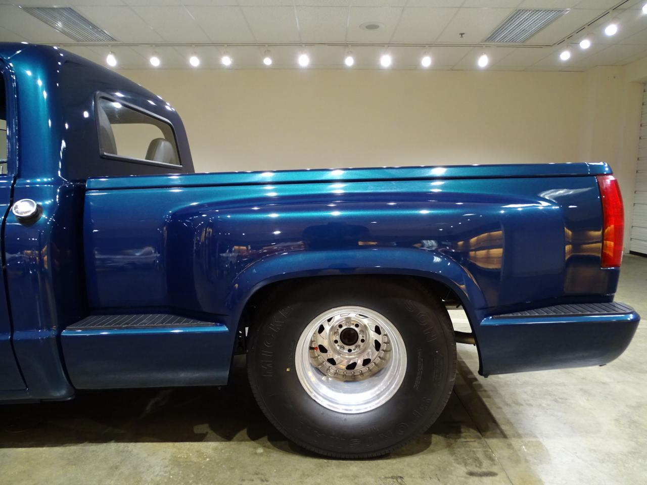 Large Picture of 1967 Chevrolet C10 located in Illinois Offered by Gateway Classic Cars - St. Louis - LV0B