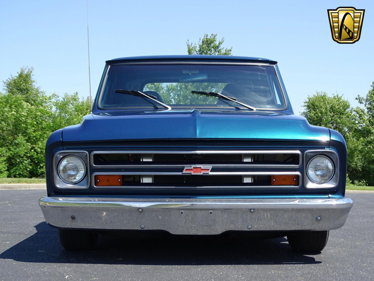 Large Picture of Classic 1967 Chevrolet C10 located in O'Fallon Illinois - LV0B