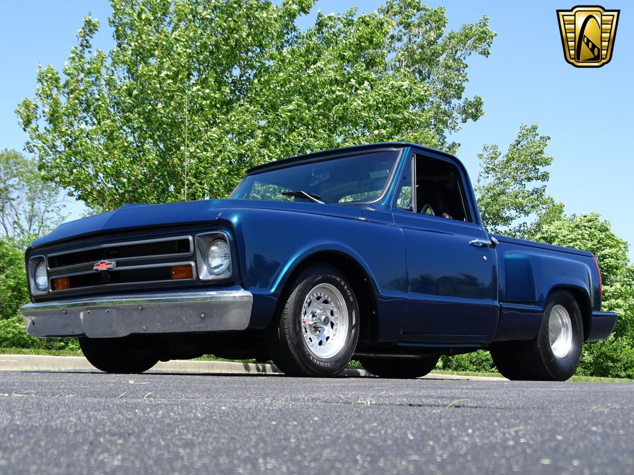 Large Picture of '67 Chevrolet C10 located in O'Fallon Illinois - $19,995.00 Offered by Gateway Classic Cars - St. Louis - LV0B