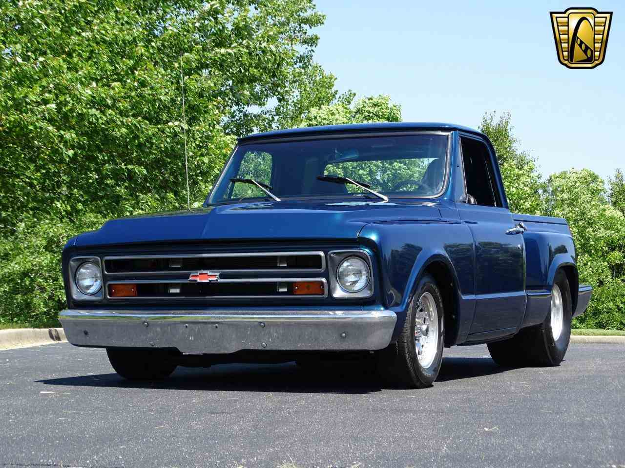 Large Picture of Classic '67 Chevrolet C10 located in O'Fallon Illinois Offered by Gateway Classic Cars - St. Louis - LV0B