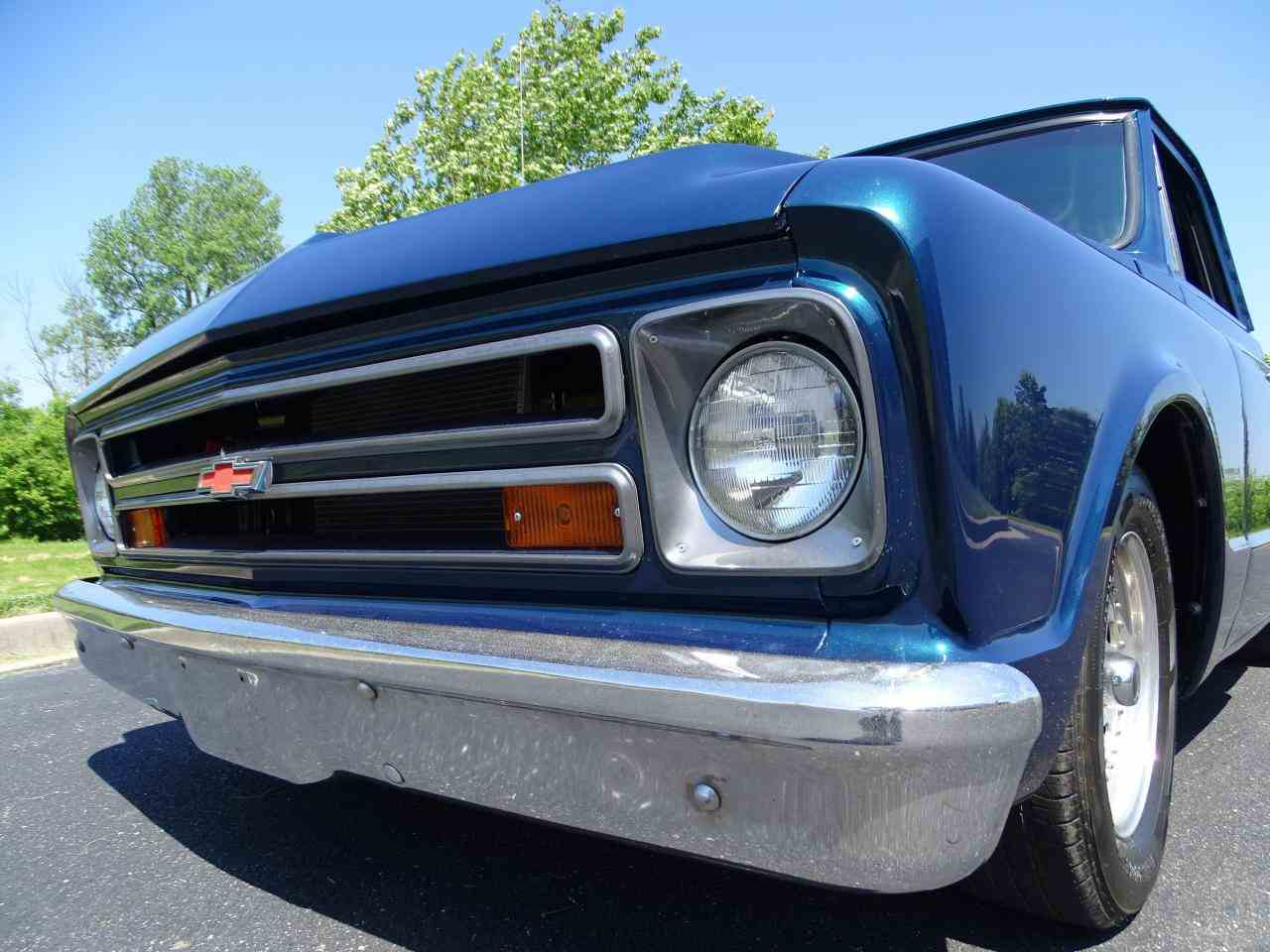 Large Picture of '67 C10 located in O'Fallon Illinois - LV0B