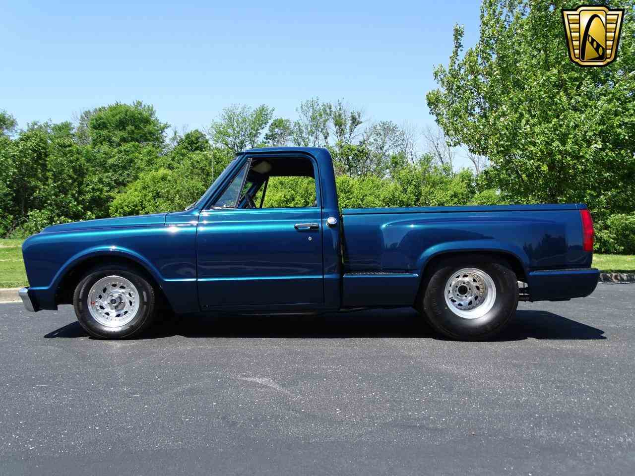 Large Picture of 1967 C10 located in O'Fallon Illinois - $19,995.00 Offered by Gateway Classic Cars - St. Louis - LV0B