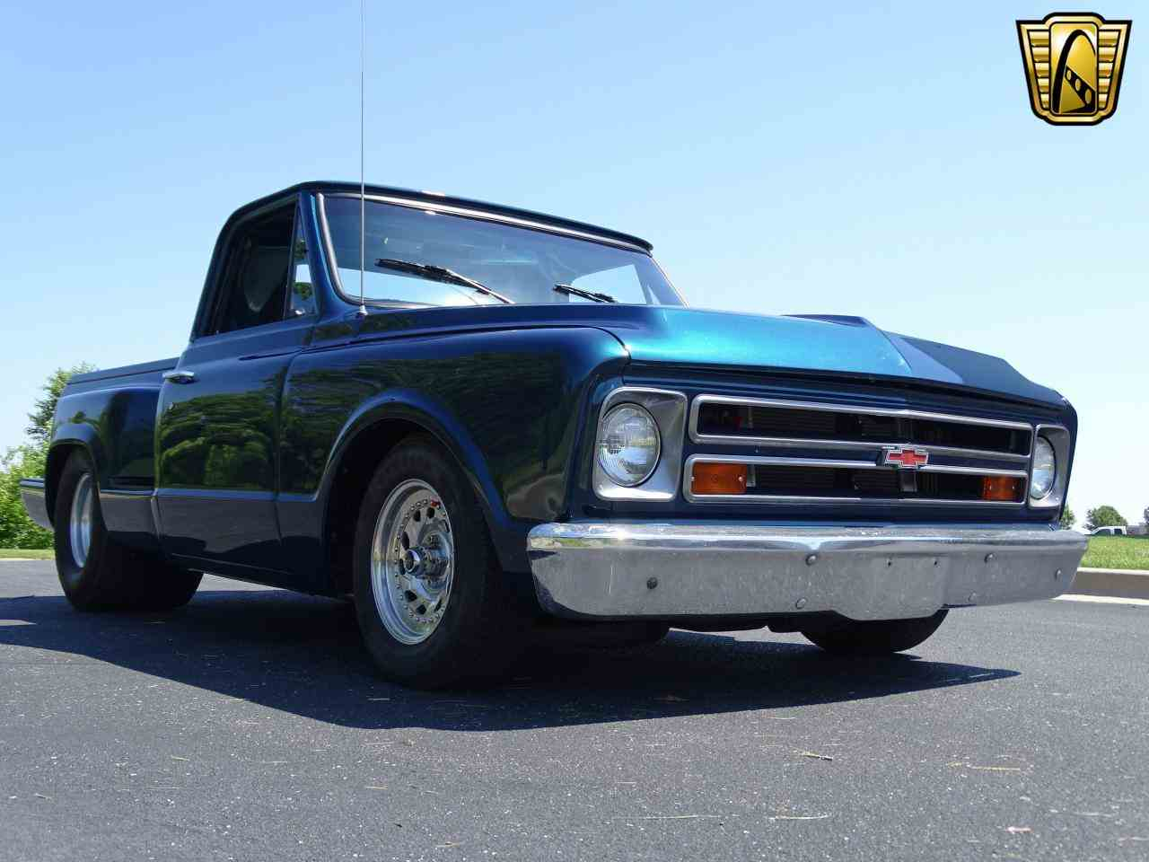 Large Picture of Classic '67 C10 located in Illinois - $19,995.00 Offered by Gateway Classic Cars - St. Louis - LV0B