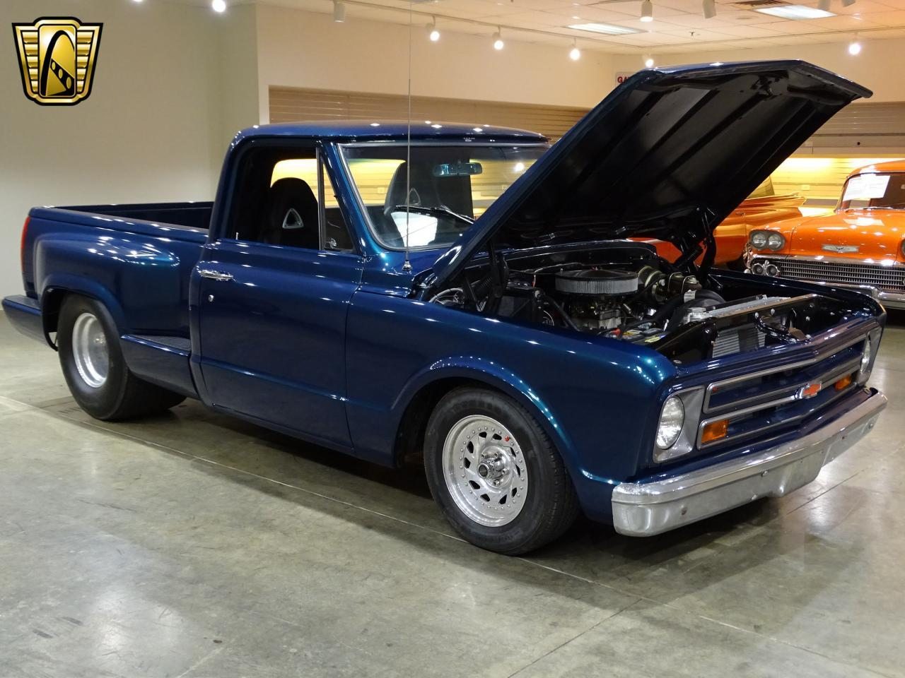 Large Picture of Classic 1967 C10 located in Illinois Offered by Gateway Classic Cars - St. Louis - LV0B