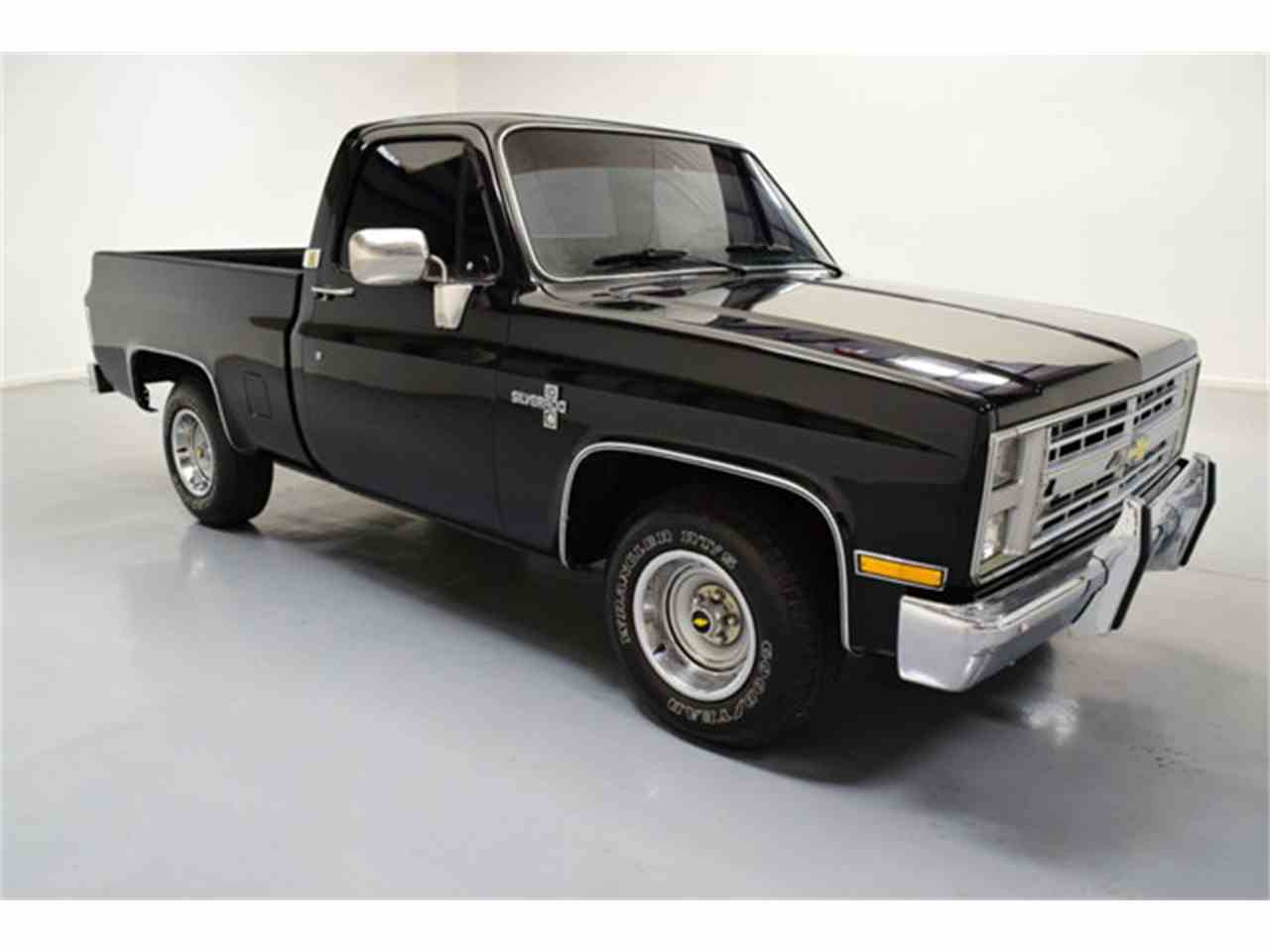 Large Picture of '86 C10 - $17,995.00 Offered by DC Classic Cars East - LV12