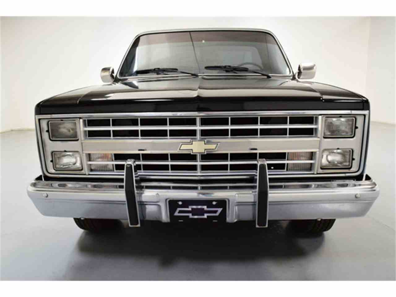 Large Picture of '86 Chevrolet C10 - $17,995.00 - LV12