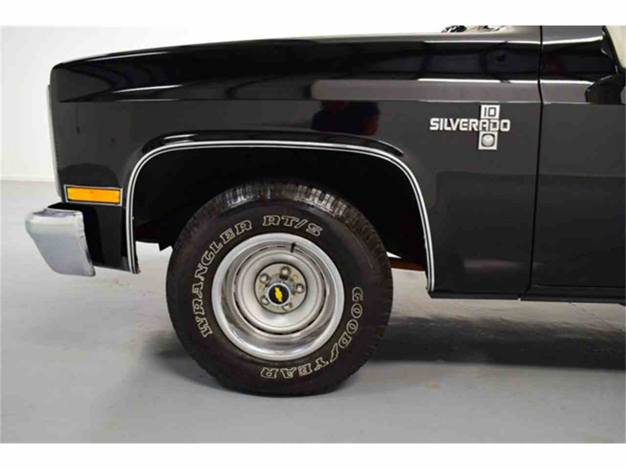 Large Picture of '86 Chevrolet C10 located in Mooresville North Carolina Offered by DC Classic Cars East - LV12