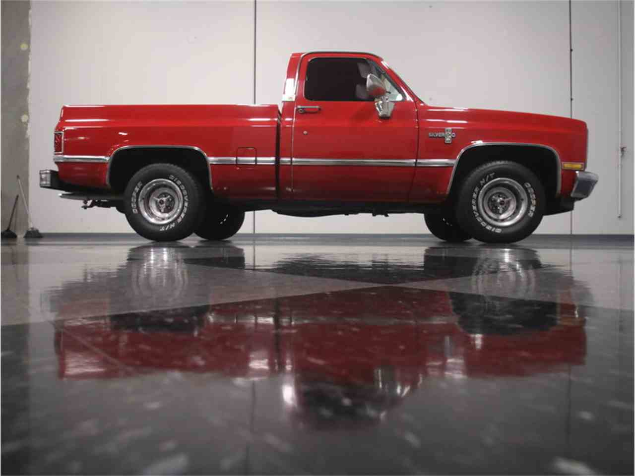Large Picture of '87 C10 - LV15
