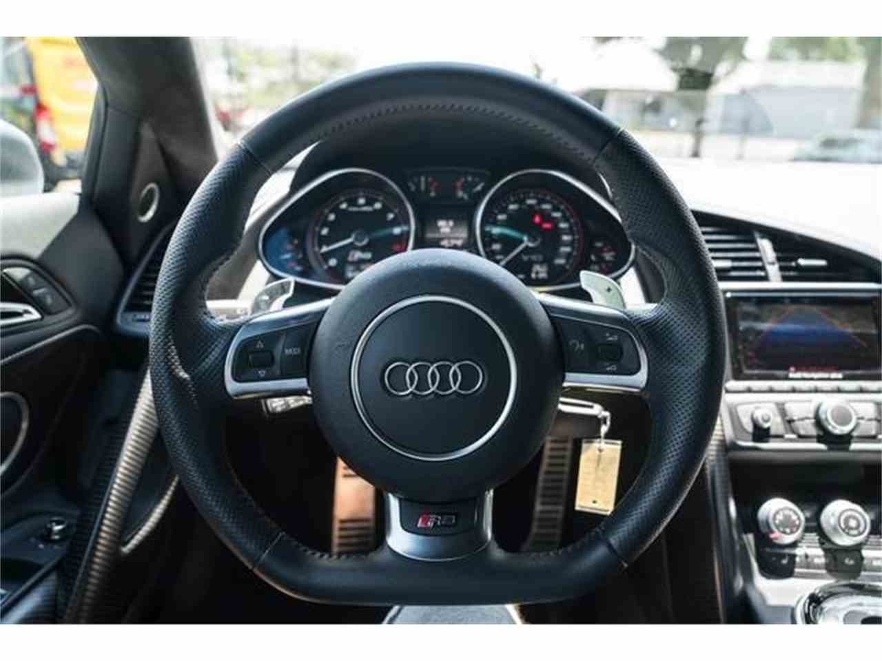 Large Picture of '15 R8 - LVTL