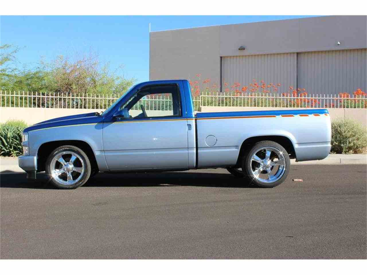 Large Picture of '89 Chevrolet C/K 1500 - LVUA