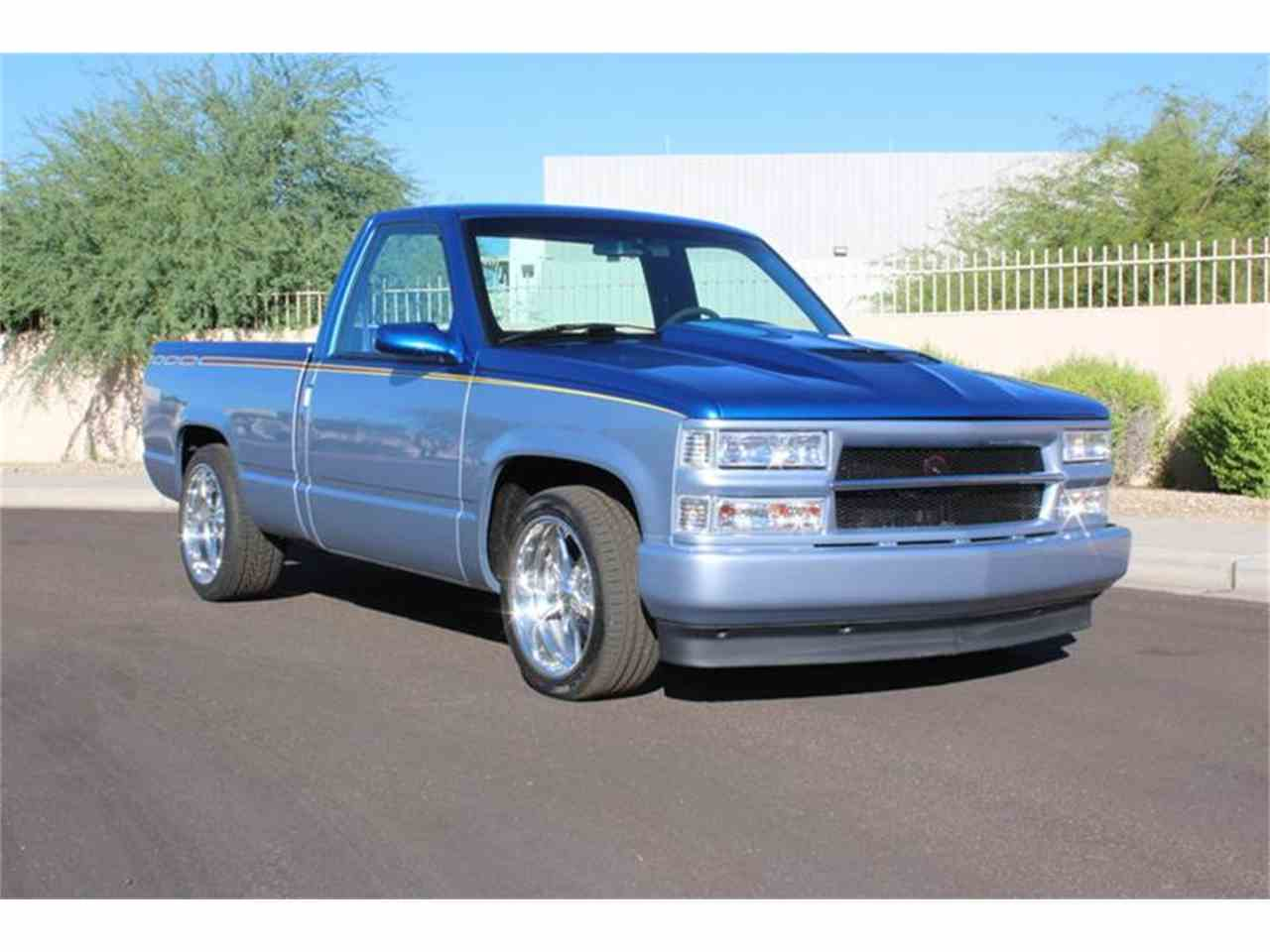 Large Picture of '89 C/K 1500 located in Scottsdale Arizona Offered by Brown's Classic Autos - LVUA