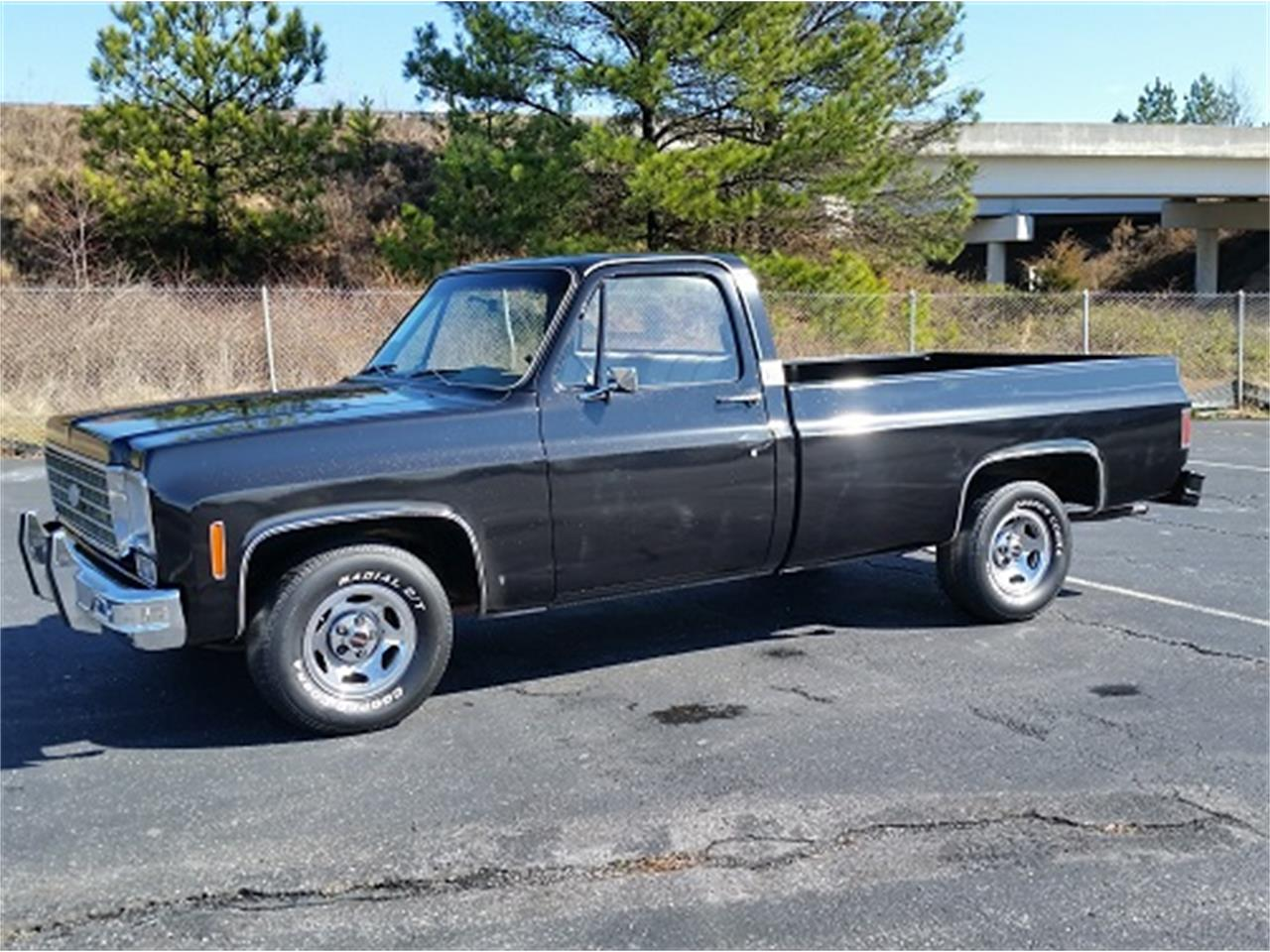 Large Picture of 1975 Chevrolet C10 located in South Carolina - LV4G