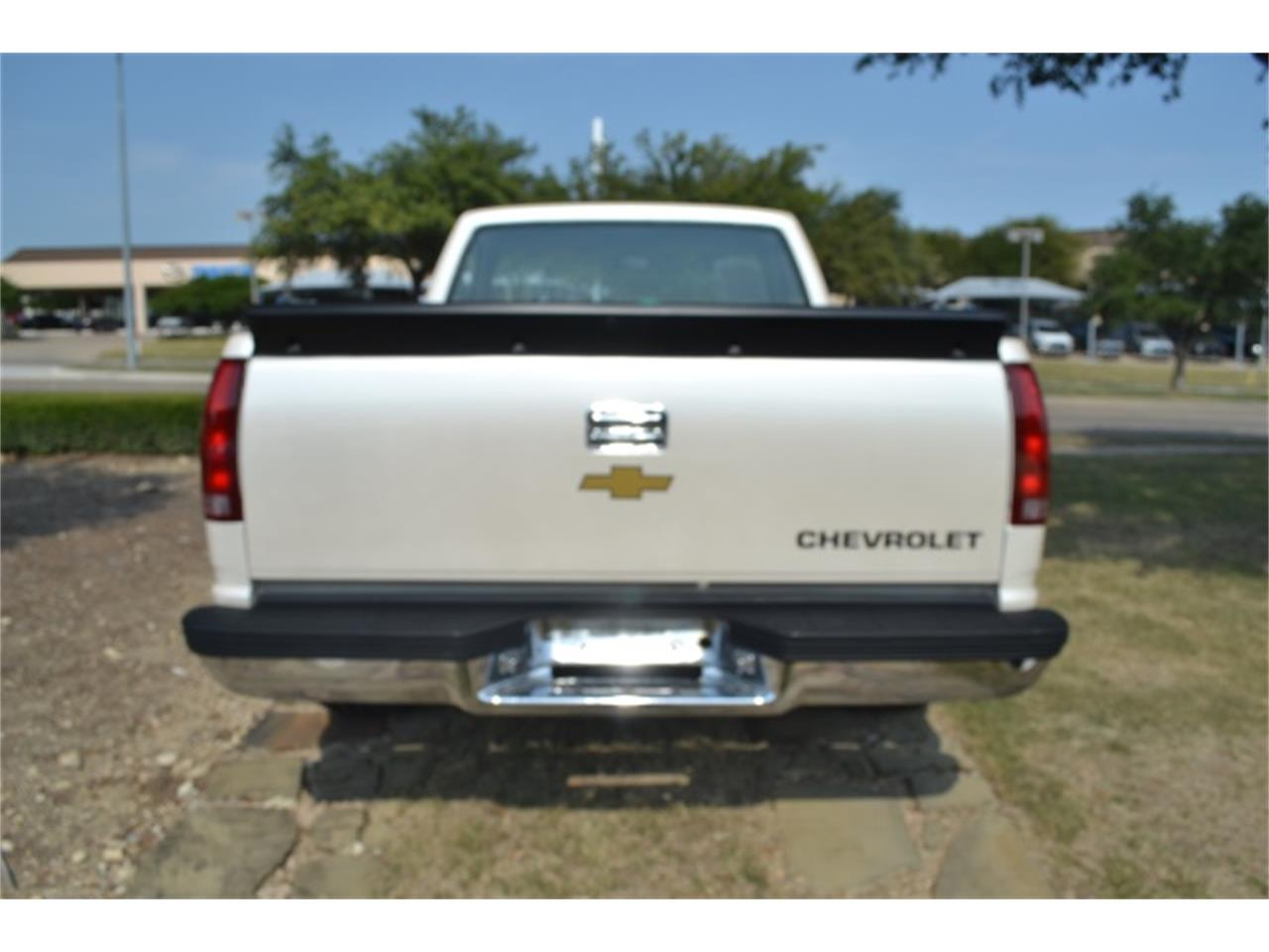 Large Picture of '89 C/K 1500 - $17,995.00 - LV5T