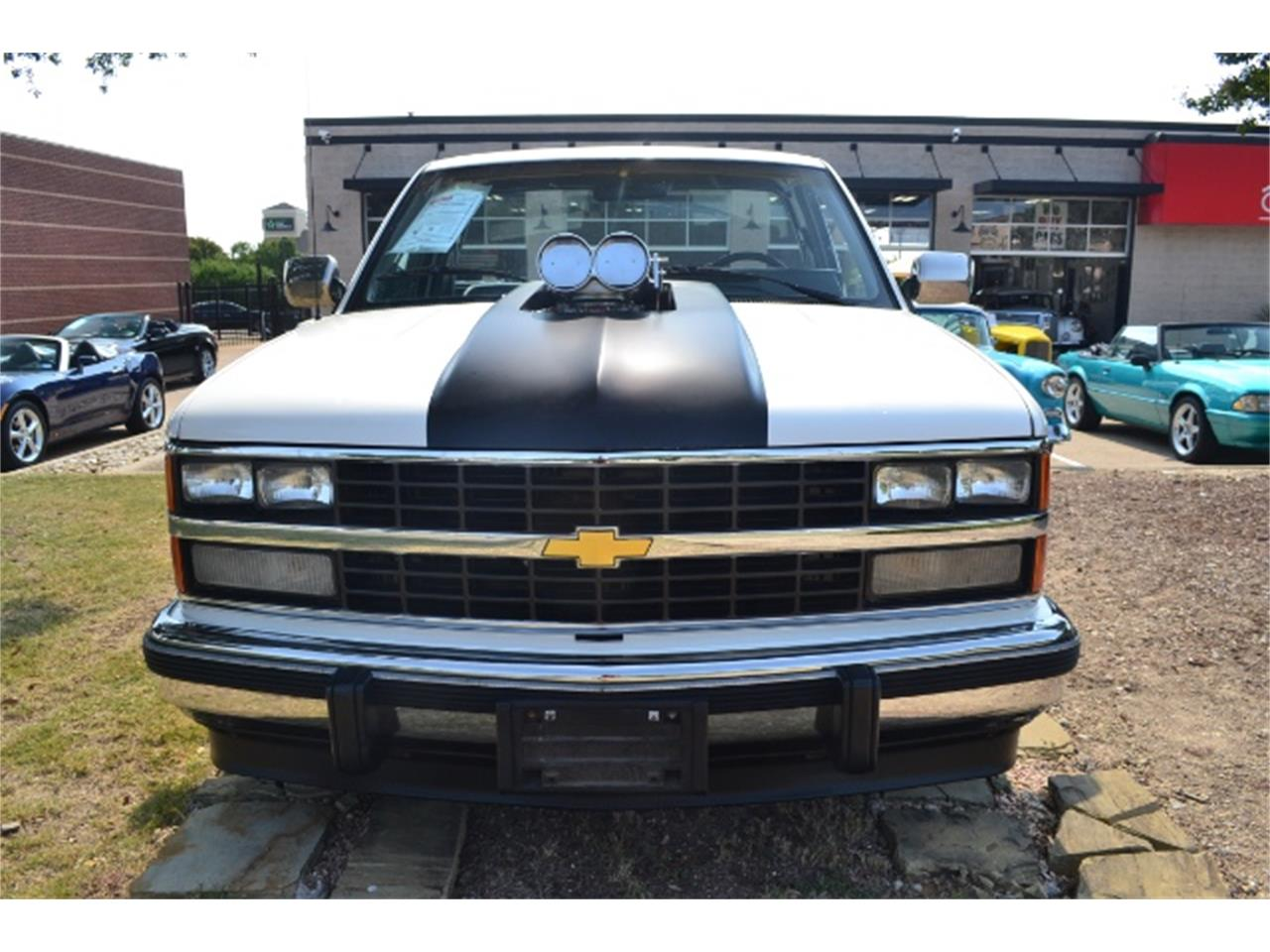 Large Picture of 1989 Chevrolet C/K 1500 - $17,995.00 Offered by Cityview Classic Cars - LV5T