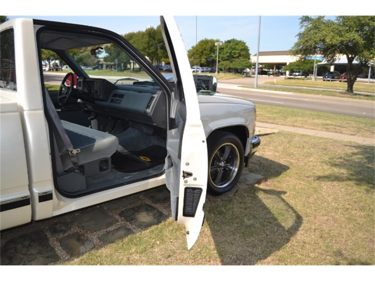 Large Picture of 1989 Chevrolet C/K 1500 - $17,995.00 - LV5T