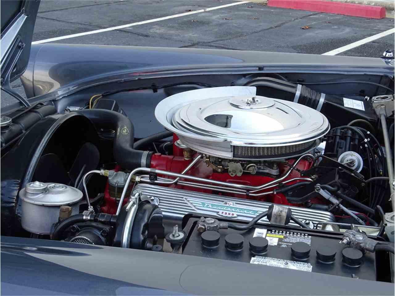 Large Picture of '57 Thunderbird - LV5U