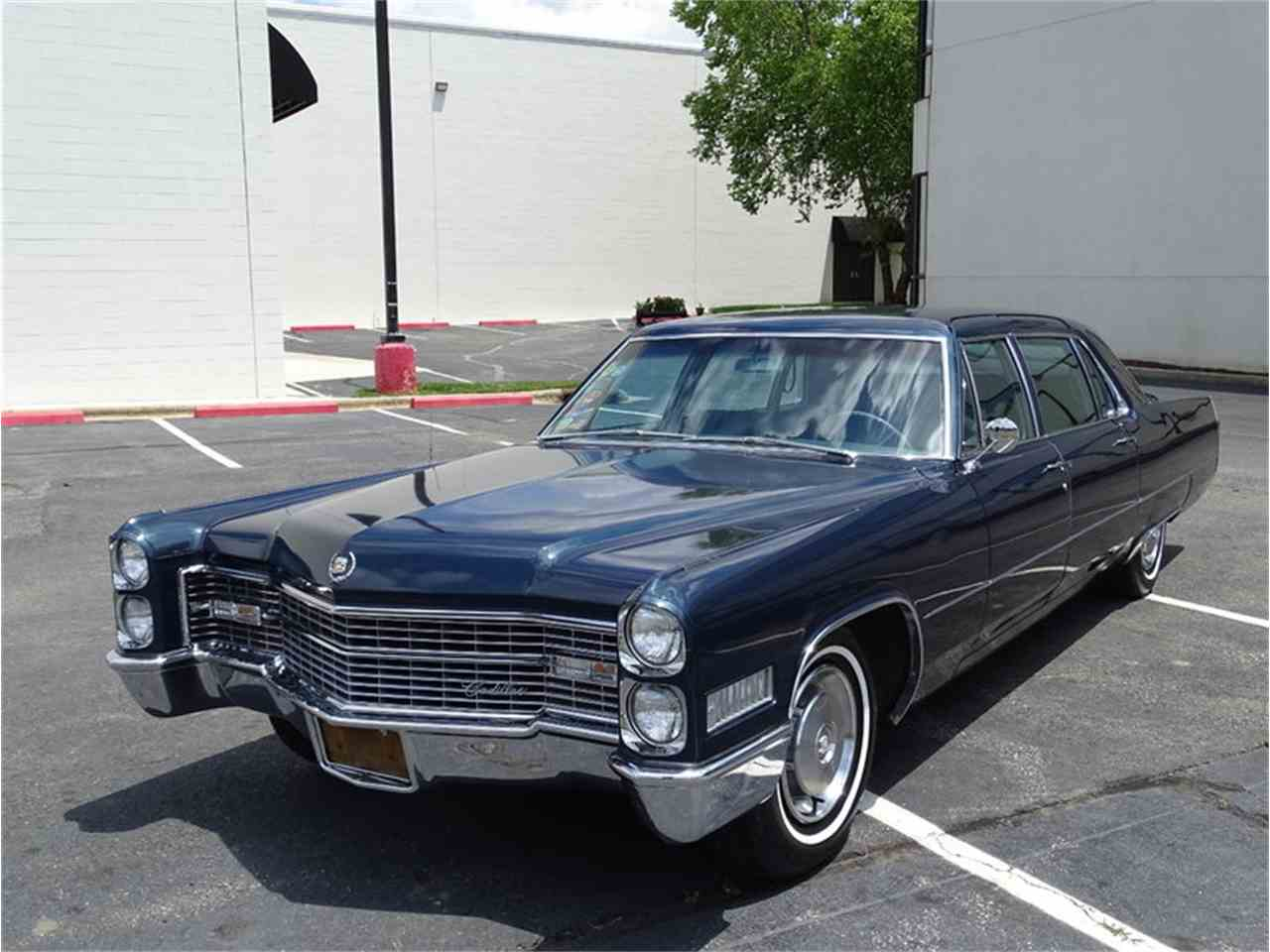 Large Picture of '66 Fleetwood Limousine - LV5V