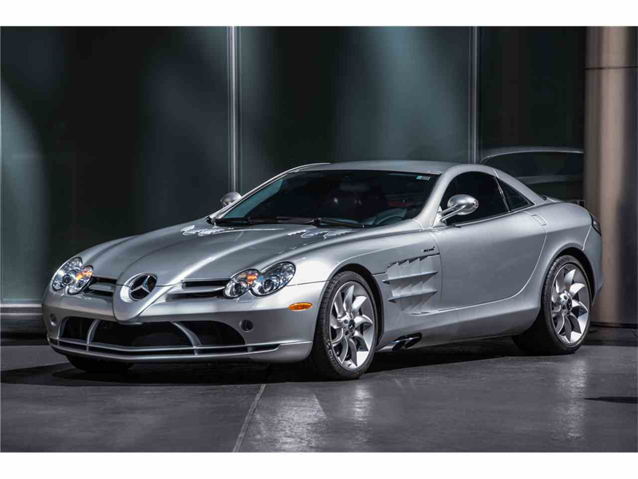 Large Picture of '05 SLR McLaren - LWCE